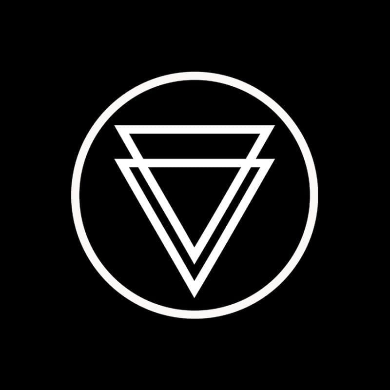 bare_triangles_logo