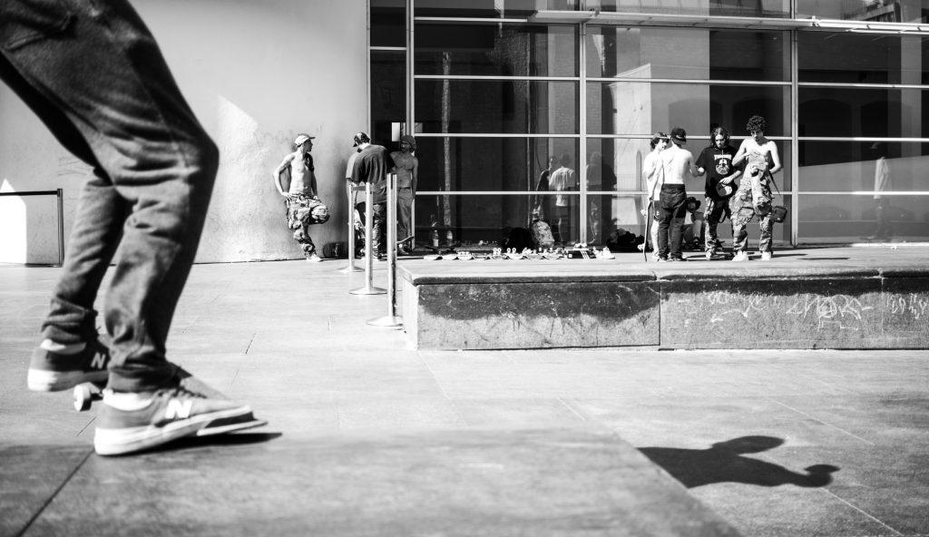 make_your_own_skateboard_wax1